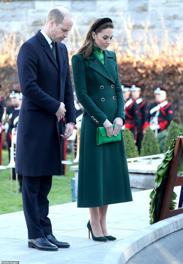 The couple bowed their heads in the garden, which remembers Ireland's independence heroes, in an act echoing the Queen's famous act of remembrance during a visit in 2011