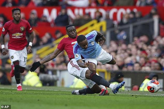 Aaron Wan-Bissaka did a brilliant job of defending against Raheem Sterling on Sunday
