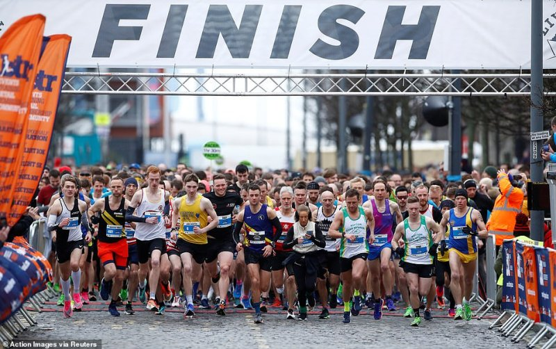 Liverpool's half marathon and ten mile race saw around 6,000 participants turn out to run the course today despite 14 coronavirus cases confirmed in the Merseyside region