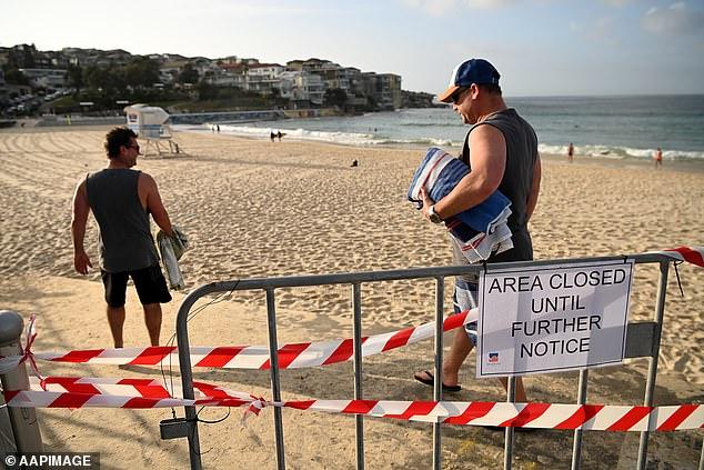 Strandbesucher ignorierten anscheinend Warnungen vor der Schließung des Strandes am Sonntagmorgen