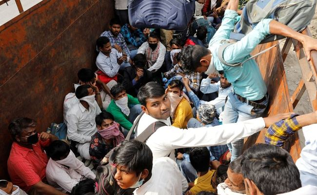 India Shuts Down Its Massive Train Network And Cities Go