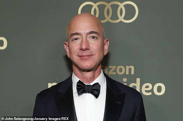 Jeff Bezos and other top executives offloaded shares just in time before the pandemic slashed company values, saving themselves billions. Bezoz offloaded $3.4 billion in shares in the first week of February