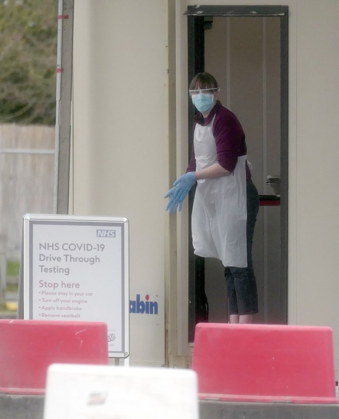 Pictured: The quiet Chessington coronavirus swabbing site this morning where no NHS staff were seen entering for testing