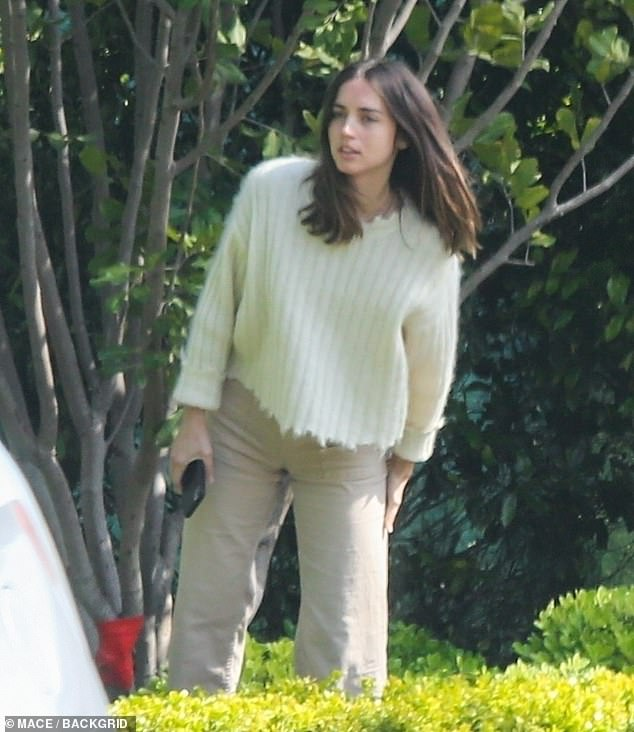 Lovely: The Blade Runner: 2049 actress looked as radiant as ever in a cream-colored sweater as she waited for their food to arrive
