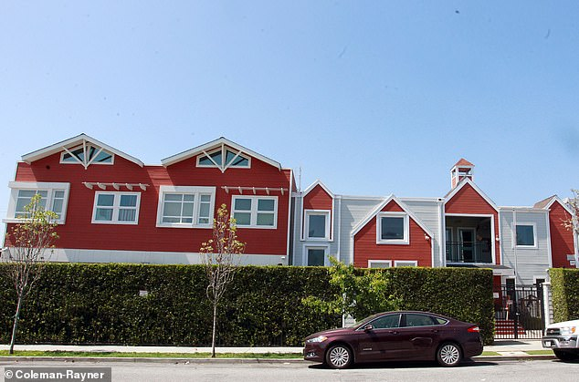 The Little Red House Elementary School she attended is also in the same location, although it has since changed its name to Hollywood Schoolhouse.