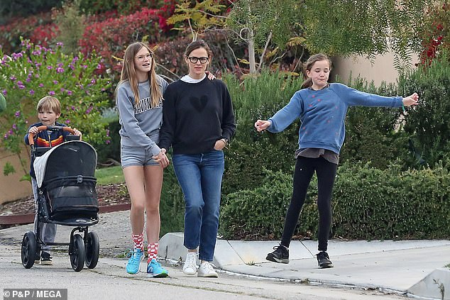 Family: Ben has three children - Violet, 14; Seraphina, 11 years old; and her son Samuel, 8, from her marriage to Daredevil's former superstar Jennifer Garner, which ended legally in October 2018 (photo April 1)