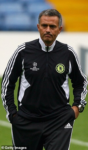 Jose Mourinho surprisingly left Chelsea in September 2007 after a bad start to the season