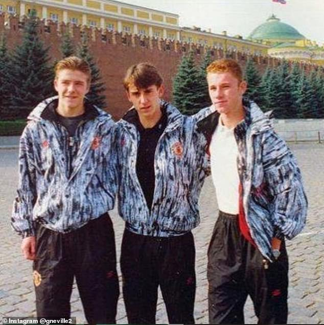 Beckham poses for photo with Neville and Nicky Butt on first trip to Moscow