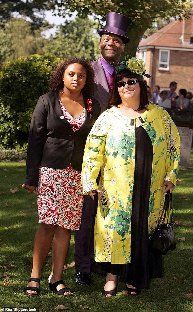 Billie Henry (left) pictured with actress mother Dawn French and comedian father Lenny Henry