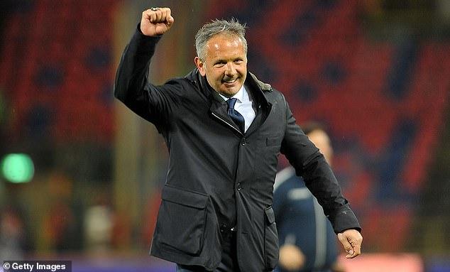 Bologna manager Sinisa Mihajlovic believes Ibrahimovic won't sign a new deal at Milan