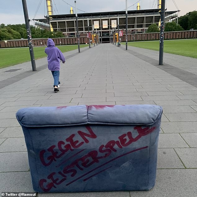 Sofa was placed ahead of the Cologne match against Mainz on Sunday afternoon