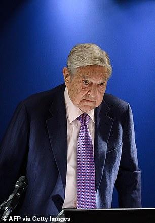 En una transcripción de una sesión de preguntas y respuestas enviada por correo electrónico a los periodistas, Soros (en la foto) dijo que el daño a la economía de la zona euro por el nuevo coronavirus duraría