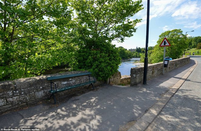 The footpath next to the river Tess in Barnard Castle where Robin Lees claims to have seen Mr Cummings and his family