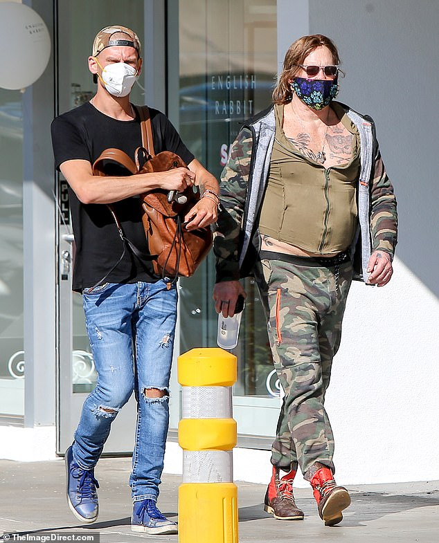 Mickey Rourke Tattoos : mickey, rourke, tattoos, Mickey, Rourke, Colorful, Figure, Camouflage, Outfit, Bright, Healthyfrog