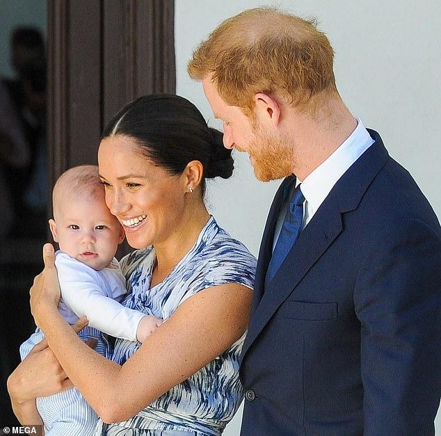 Candide: Dans le clip, la duchesse, qui n'avait pas encore rencontré le prince Harry, dit qu'elle rêve d'amener les enfants dans une société plus «ouverte d'esprit» qui apprécie la «beauté d'un monde mixte»