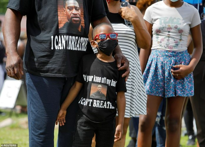 RAEFORD, NORTH CAROLINA: A bereaved youth queues for a public tour of George Floyd in North Carolina