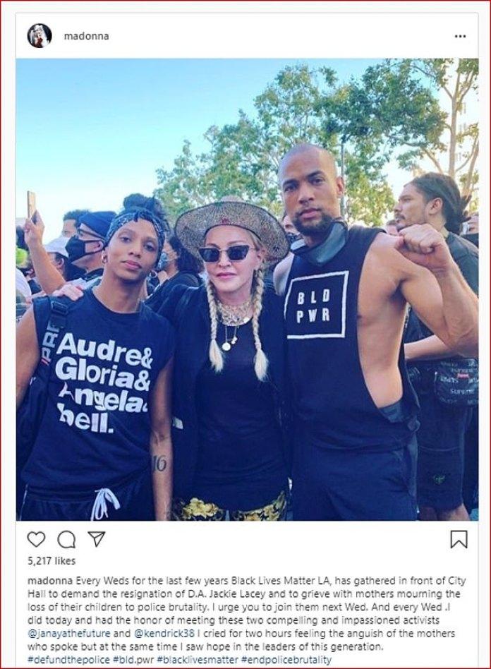 `` Lloré durante horas escuchando la angustia de las madres '': Madonna visitó Instagram el miércoles para instar a las personas a unirse a las protestas de Black Lives Matter, quiere desbancar a la policía y exigió la renuncia del fiscal de distrito.