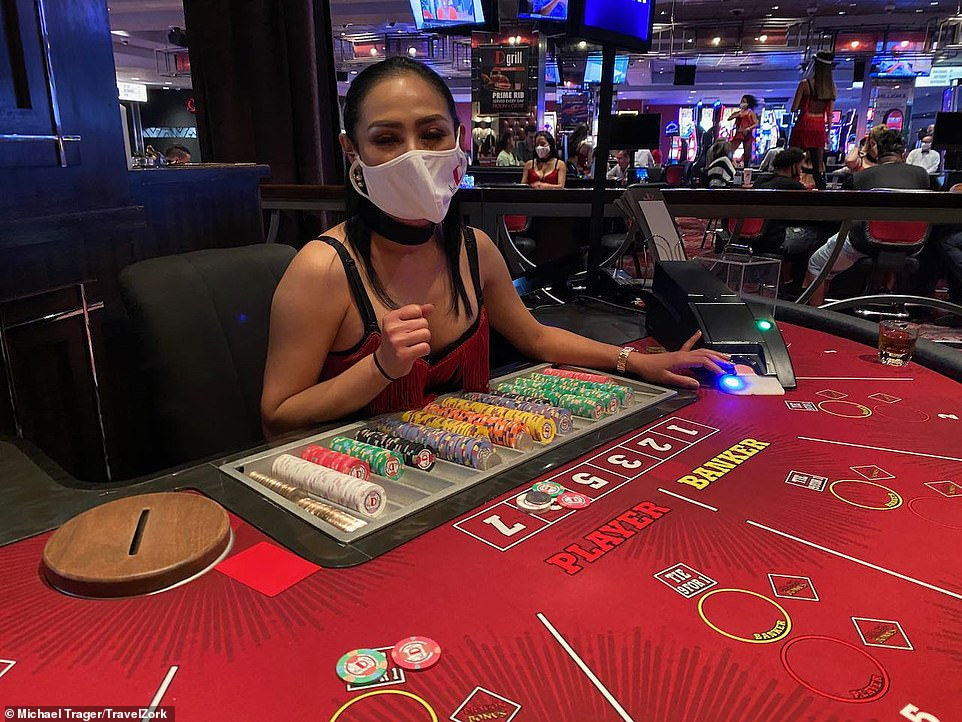Inside Reopened Las Vegas With Blackjack Tables With Plastic Shields And Covid Surcharges 247 News Around The World