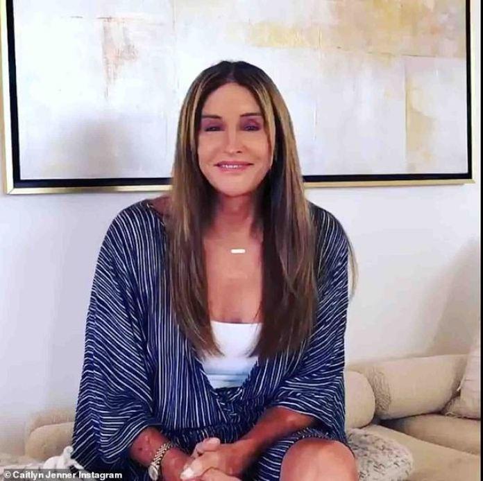 """Alivio: """"Victoria sí, victoria para la comunidad LGBT [un inicialismo que significa comunidad lésbica, gay, bisexual y transgénero] en la Corte Suprema hoy es una gran noticia"""", dijo Jenner, extasiada como trans en 2015."""