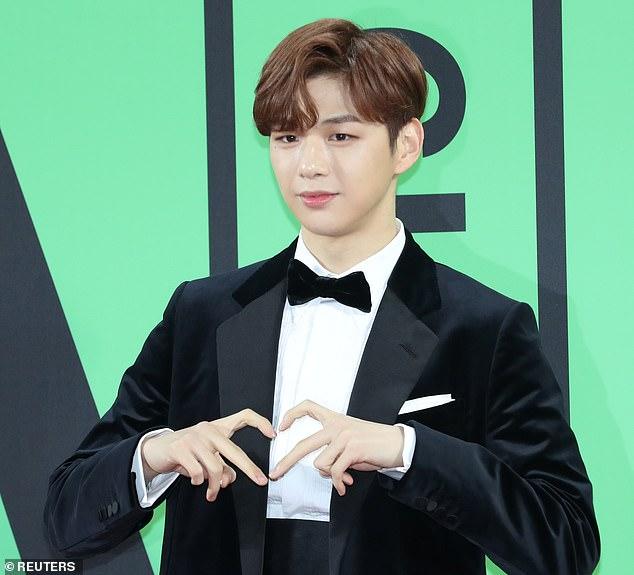 La star de la K-pop Kang Daniel a suspendu toutes ses futures performances en raison de ses difficultés avec la dépression et les attaques de panique en décembre