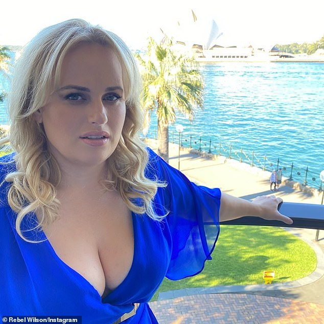 Amazing! Earlier this week, the dietician and exercise physiologist, Kate Save, told Daily Mail Australia that she believed that Rebel had lost up to 18 kg (40 lb or 2.8 stone)