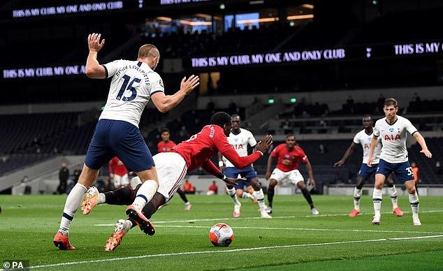 Pogba est venu contre Tottenham et avait remporté United un penalty après avoir trébuché dans la surface
