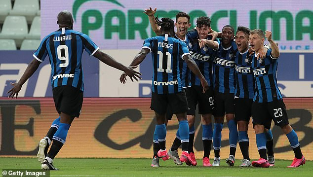 The victory keeps the pressure on league leaders Juventus and second-placed Lazio
