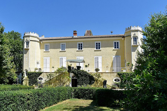 This chateau is in a brilliant location near Béziers, in Occitanie, in the south of France, with beaches just 12 miles away and is now £ 723,000, up from £ 955,000 last year.