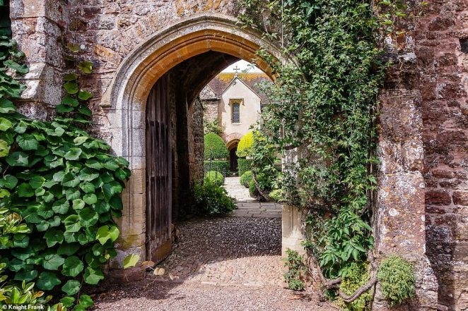 There is also a tea room, shop, stables, swimming pool and barn complex. The main house forms an L-shape with a wall and the gatehouse creating a square around the courtyard