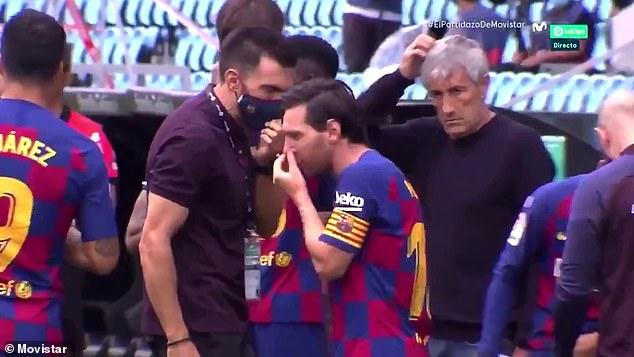Lionel Messi was seen ignoring Sarabia's instructions during Barcelona's draw at Celta Vigo