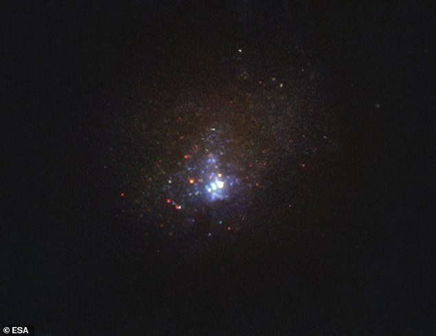 Image of the Kinman Dwarf galaxy, also known as PHL 293B, taken with the NASA/ESA Hubble Space Telescope's Wide Field Camera 3 in 2011, before the disappearance of the massive star