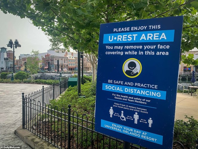 A special area was designated and monitored for visitors to take a break from wearing face masks at Universal Studios Florida