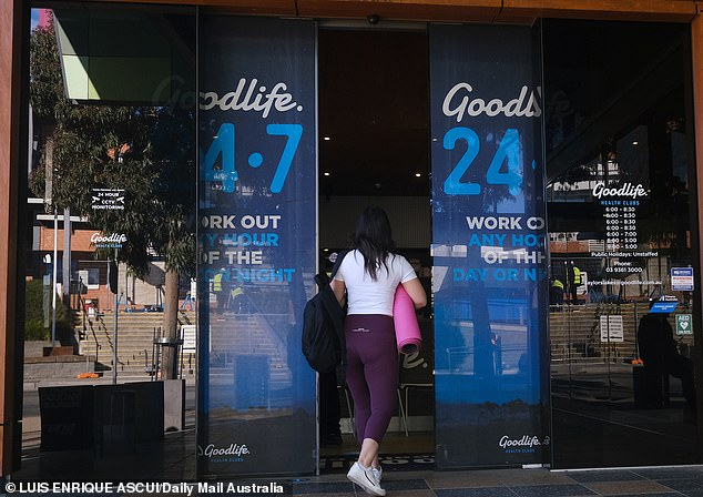 Soon-to-be-trapped residents in Brimbank hit the gym for one last time before new lockdown conditions are implemented