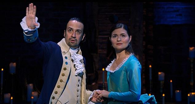 Les Hamiltons: Lin-Manuel Miranda et Phillipa Soo dans leurs rôles d'origine. La production de Broadway a été filmée en 2016 et est sortie aujourd'hui sur le service de streaming Disney +