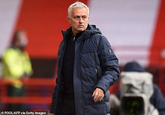 Mourinho a remis en question la fragilité mentale de son équipe après la défaite 3-1 contre Sheffield Utd