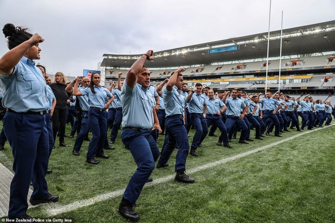 Hundreds of officers took to the turf at Eden Park stadiumafter Mr Hunt's funeral service to perform the tribute