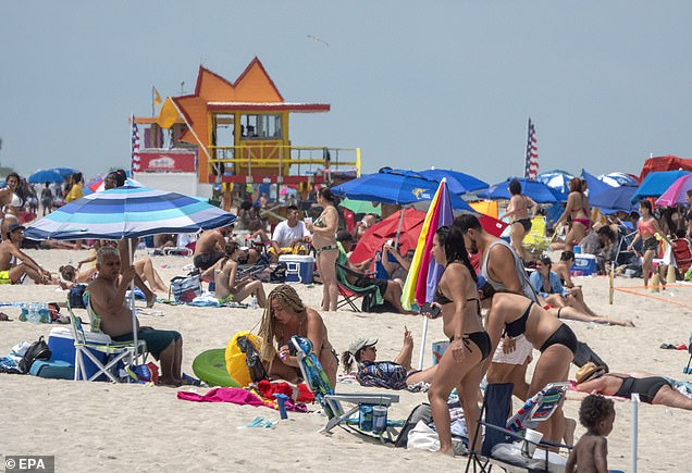 Despite record increase in case numbers, Florida beaches were crowded last weekend