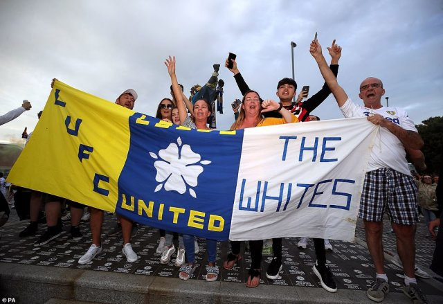 Hundreds of fans made their way to Elland Road to celebrate The Whites return to the Premier League after 16 years