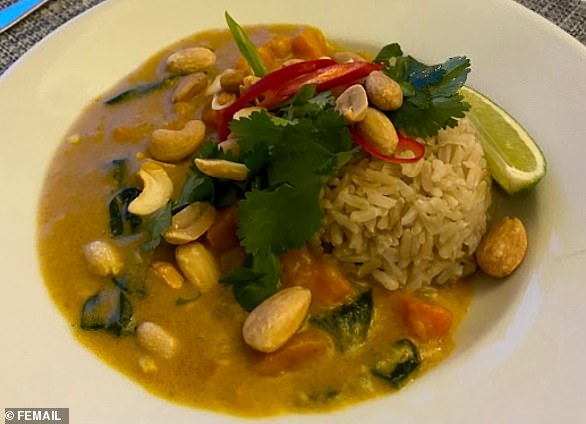 This satay curry is best served with some freshly stir fried greens and some brown rice or rice noodles