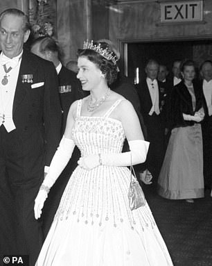 Queen Elizabeth wearing the tiara