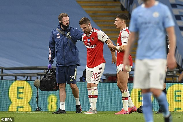 Shkodran Mustafi suffered a hamstring injury in their FA Cup semi-final win over Manchester City