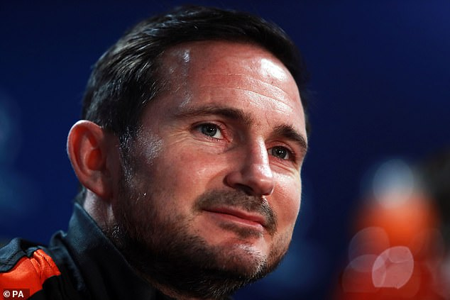 Frank Lampard has been keen to keep the Brazilian despite the stand-off between the parties