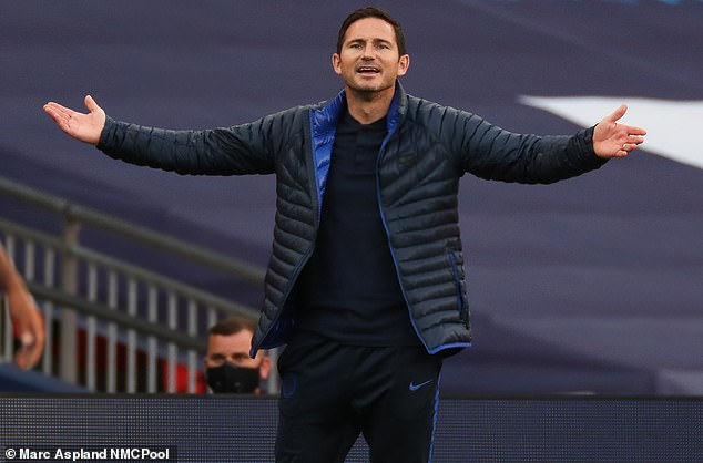Frank Lampard keen to keep Willian at Chelsea but a deal cannot be reached at the moment