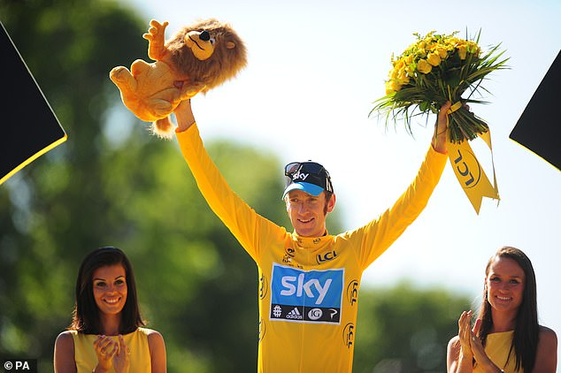 Wiggins (middle) says Froome should be picked despite leaving at end of season
