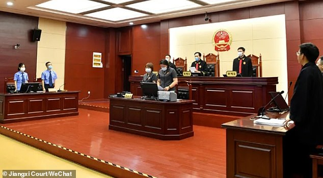 The courtretracted Mr Zhang's suspended death sentence and declared him a free man