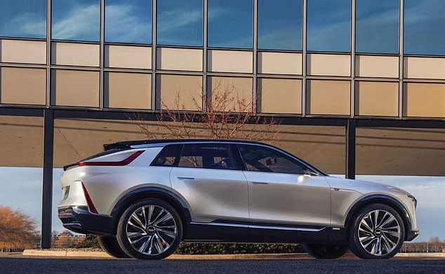 The Lyriq will be offered in rear-wheel and all-wheel-drive configurations, as well as the Super Cruise hands-free driver assistance system.