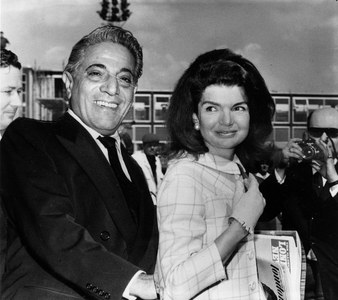 The stunning ambassadorial first floor apartment at 47 Grosvenor Square has played host to billionaire Greek shipping magnate Aristotle Onassis and his wife Jackie Kennedy Onassis