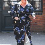 Turban-clad Gemma Collins shows off weight loss in Essex