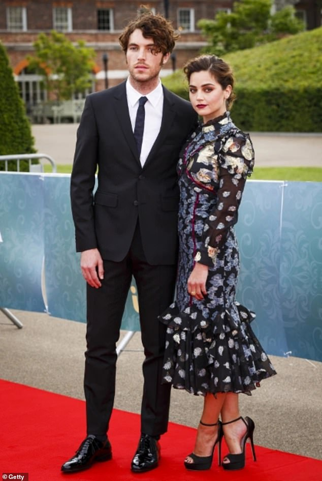 Ex: The actress and her Victoria co-star Tom fell in love on set while playing the lead roles of Queen Victoria and Prince Albert in the ITV period costume drama
