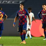 Luis Suarez says Josep Bartomeu should tell him if he wants the striker out of Barcelona